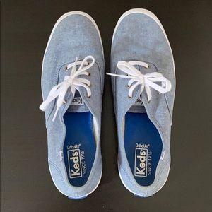 Less Champion Sneaker